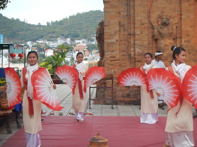 private tour cham temple